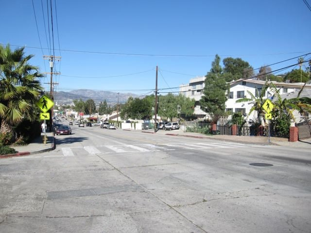 Crosswalk at Dean and Glendale