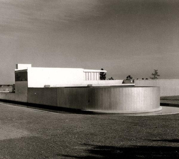 Neutra Von Sternberg House